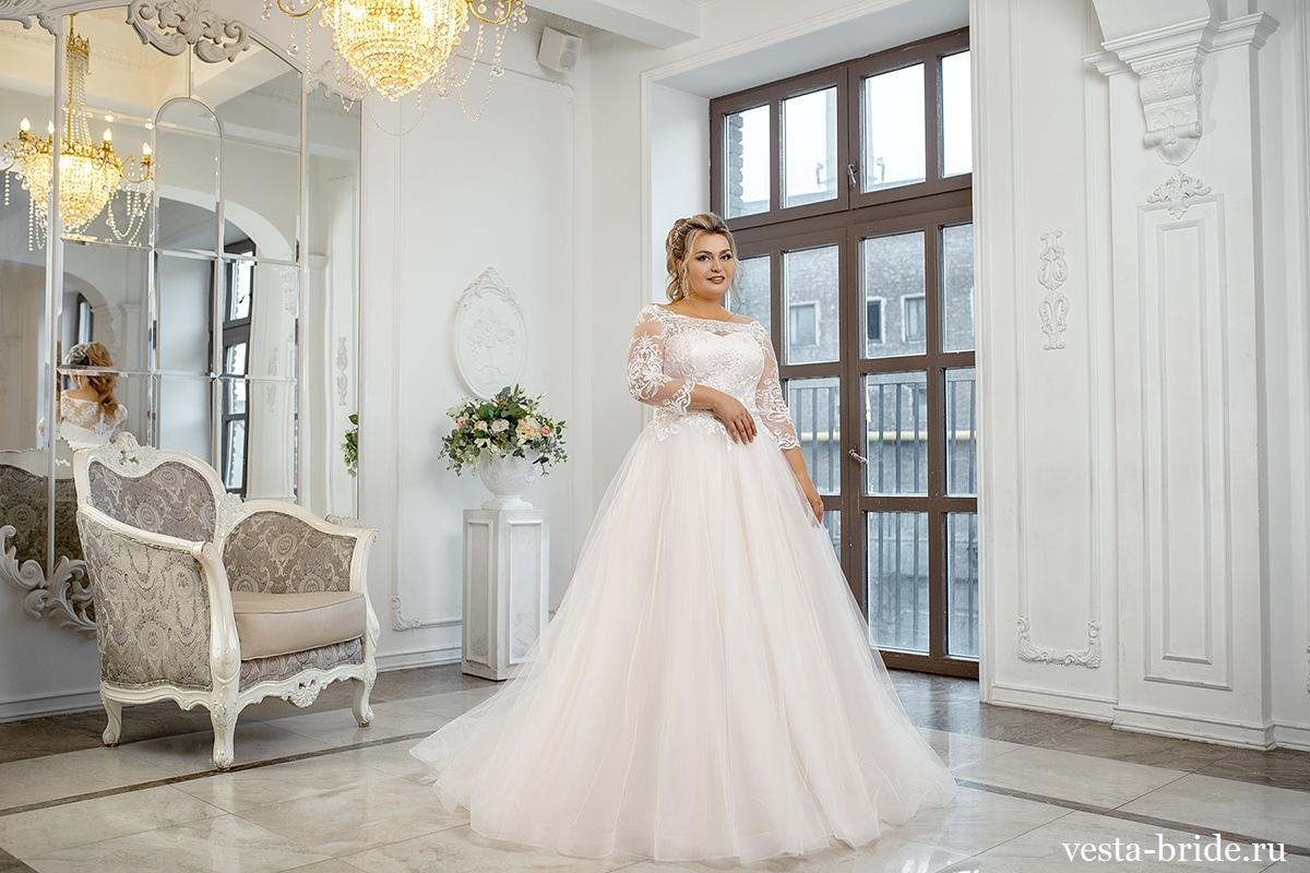 Новая коллекция свадебных платьев 2020 года в размерах +Size уже в салоне