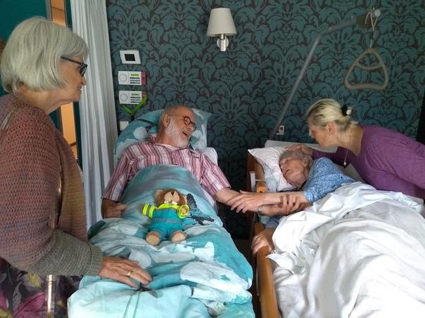 Благотворительная организация, помогающая смертельно больным людям исполнить их последние желания, действует в Нидерландах Это фонд - «Скорая помощь в исполнении желаний». Эта организация