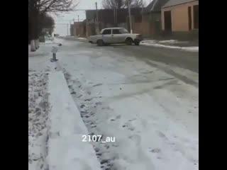 А во сколько лет вы сели за руль
