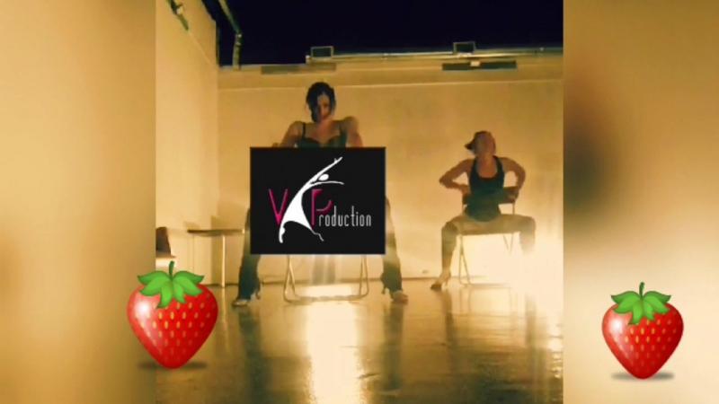 VProduction dance каждыйвторник20.00 печатныйдвор зал12 надобыть получитсяточно танецнастуле TongueTiedBalay клубничк