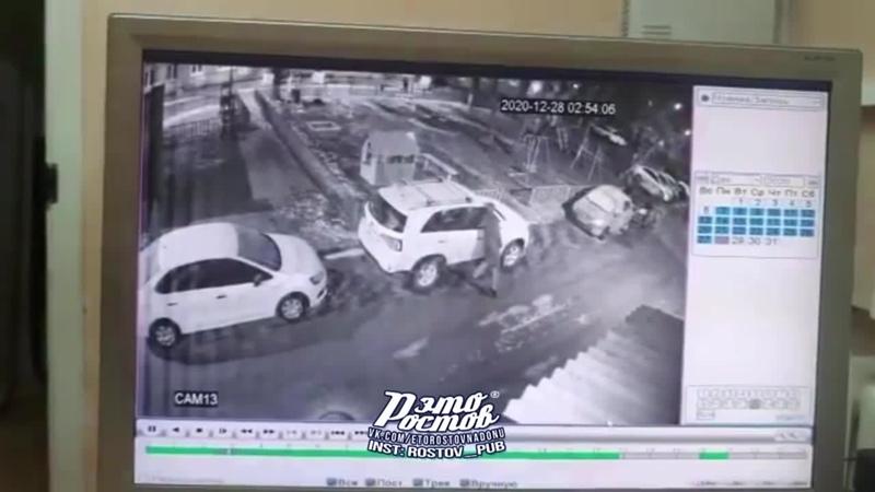 В ночь с 27 12 на 28 12 были вскрыты два автомобиля во дворе пр Ленина 58 29 12 20 Это Ростов на Дону