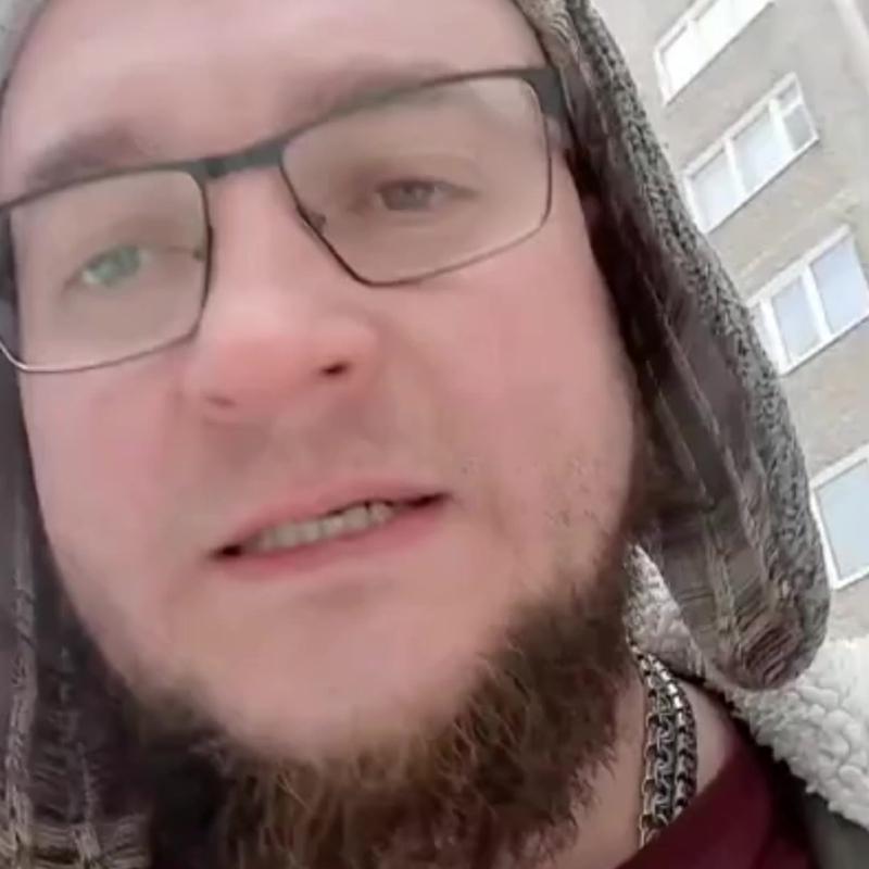 Водитель мурманской скорой обвинил гололед и колеса в смерти пациента