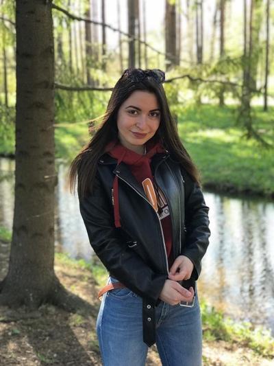 Ева Меркулова
