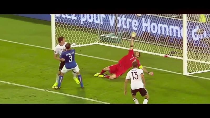 Buffon save l Qweex l vk.comnice football