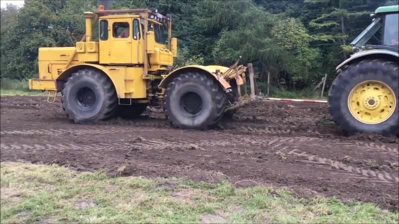 Советский трактор K 700 КИРОВЕЦ против всех Soviet tractor K 700 KIROVETS against all 1