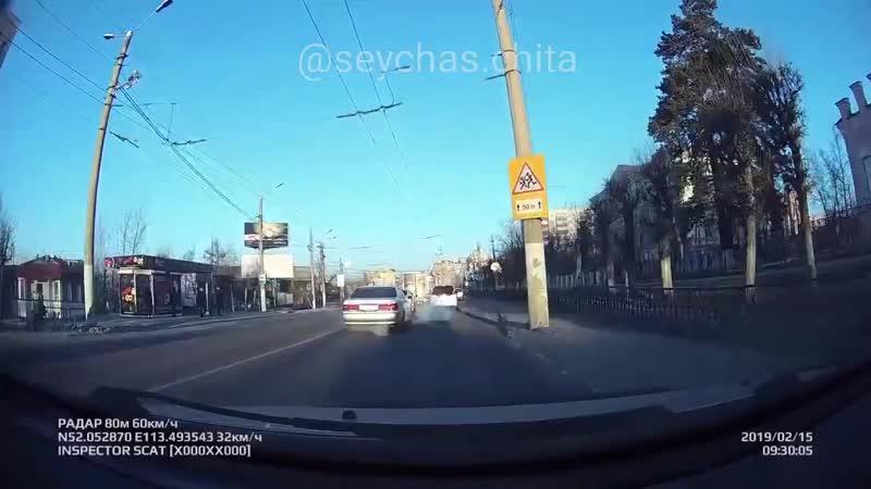 15 февраля, перекресток Новобульварная -Шилова . Очень не адекватный водитель.