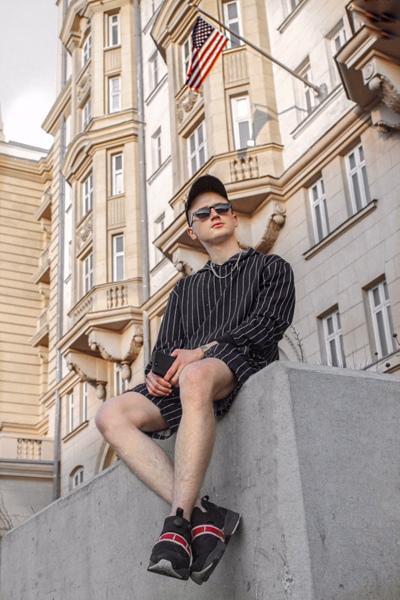 Владислав Брок