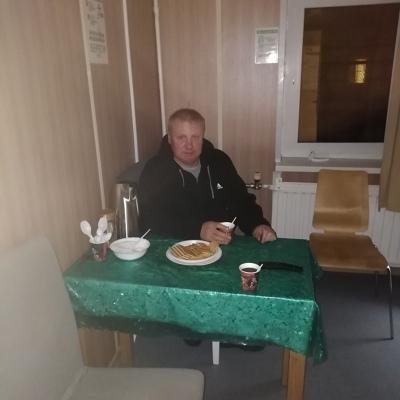 Артур, 38, Usinsk