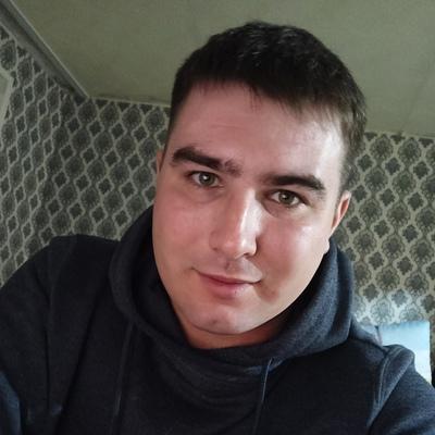 Petr, 32, Vyatskiye Polyany