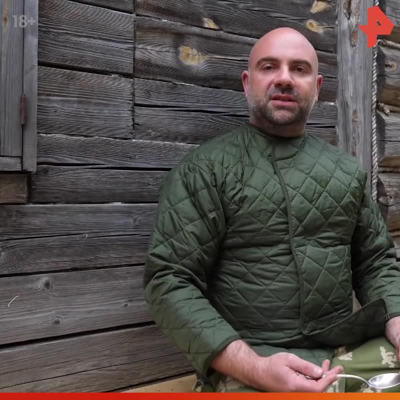 Тимофей Баженов ест корицу / #РЕНТВ