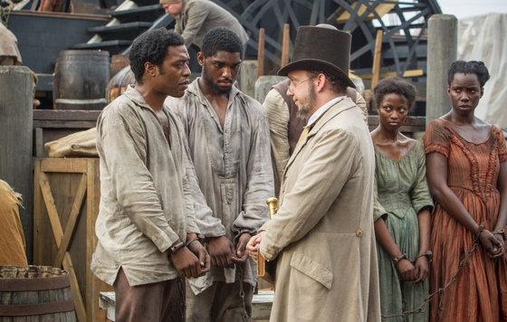 Видео к фильму «12 лет рабства» (2013): Интернет-трейлер (дублированный)