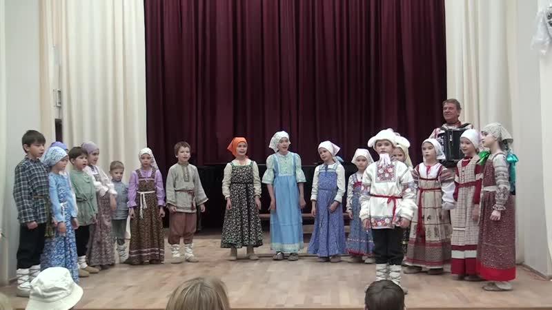 Отзвуки театра. Младшая группа ансамбля Жаворонушки. Постановка Жил у бабушки козёл