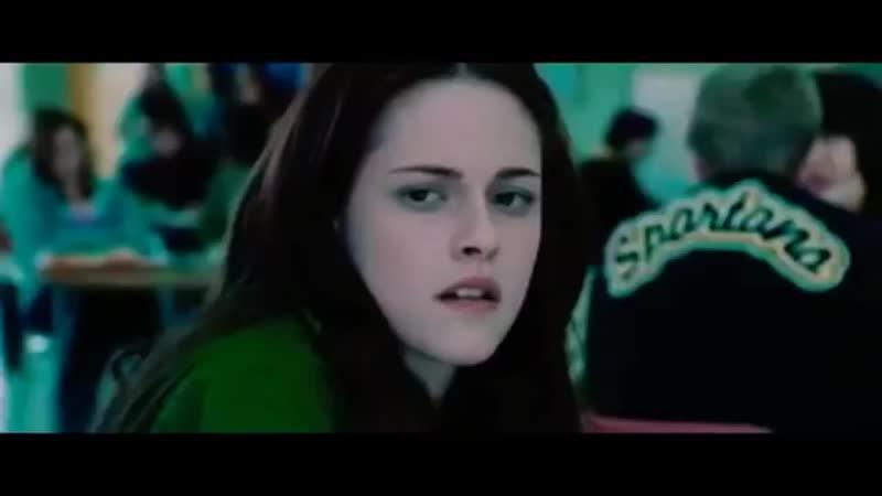 🧛🏻♂️ Вампир влюбился в обычную девушку revolving hearts 360 X 360 mp4